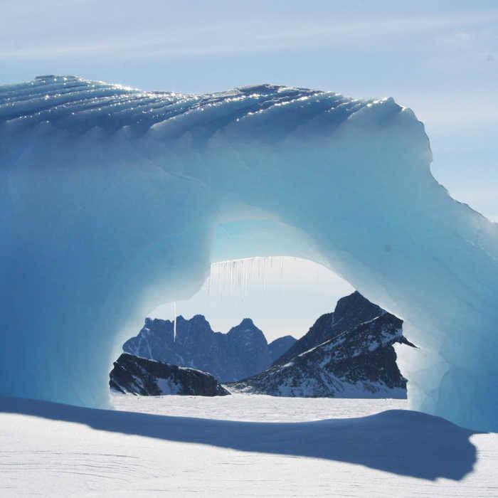 Thomas-Bauer-Groenland-Eiskunstwerk-900