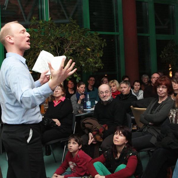 Thomas Bauer: Abenteuer-Lesung, Fotoshow & Musik